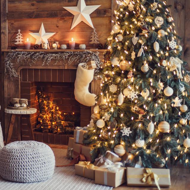 Новый год 2019: Ели, сосны, декор и подарки